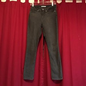 Levi's 311 Shaping Skinny Jeans-27